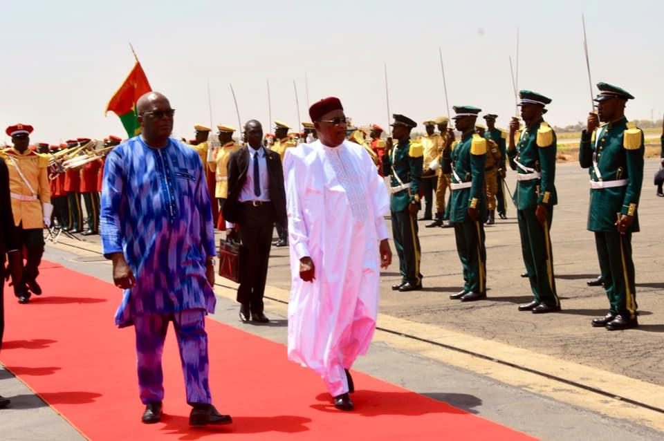 Sommet Extraordinaire du G5 Sahel : Le président Issoufou à Ouagadougou, au Burkina Faso