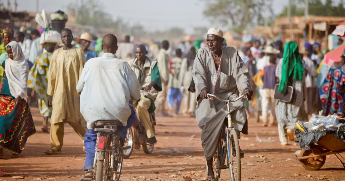 Crise au Sahel : le Burkina Faso va armer des civils
