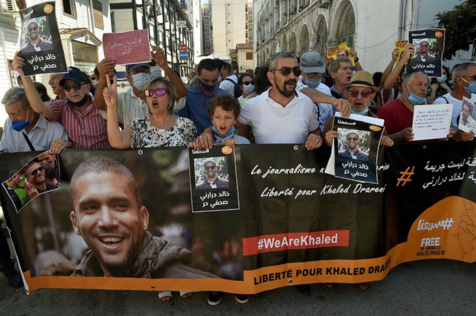 Le journaliste algérien Khaled Drareni condamné en appel à deux ans de prison ferme